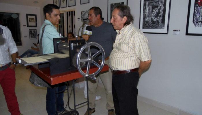Maestro Carlos Tulio Suárez y Eulices Sánchez Caicedo- Simetric Exposición