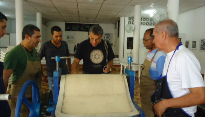 De derecha a izquierda: Holbein Jaramillo, Braulio Lucumí, Adolfo Albán, Mauricio Rojas, Henry Villada.  - 3ra convención de grabadores (La Otra Esquina)